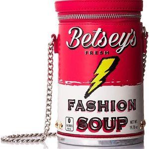 Betsey Johnson KITSCH SOUPTASTIC CROSSBODY NWT